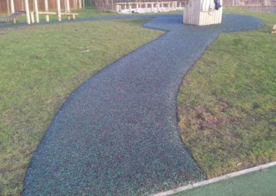 Bonded rubber mulch path
