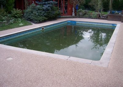 Resin Bound Gravel Pond Edging