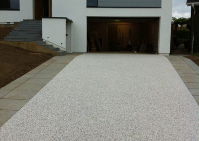 Resin bound gravel flooring